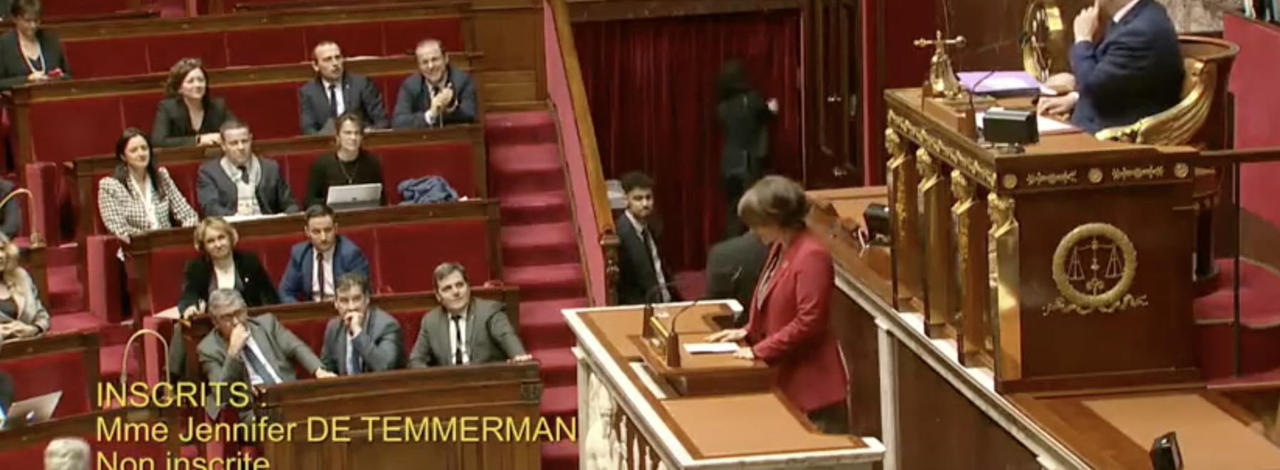 Jennifer De Temmerman s'exprime sur les motions de censure relatives au 43-3.